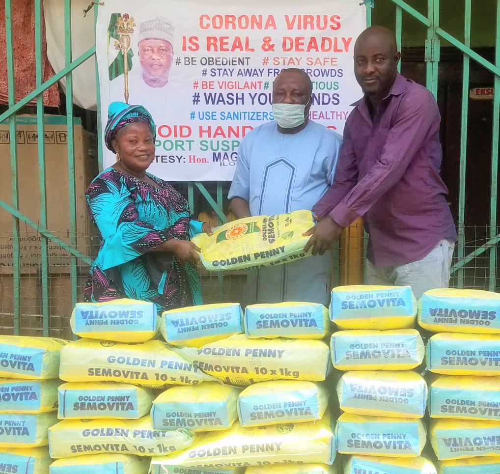 COVlD 19: Kwara House Leader distributes relief materials in Ilorin